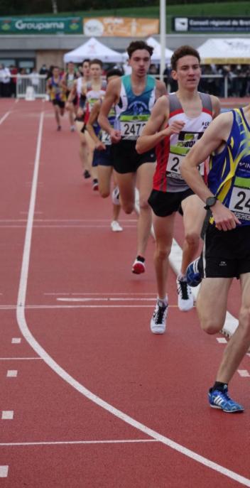 photo 7 ( lucas pendant le championnat de bretagne de 1500m)